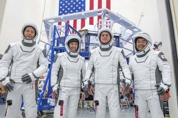 SpaceX, NASA give 'go' for astronaut launch, 3rd for Dragon