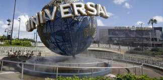 Universal hikes base pay to $15 an hour at Orlando resort