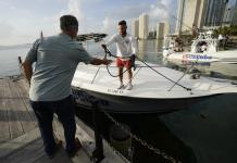 Small flotilla leaves Miami to show support for Cuban people