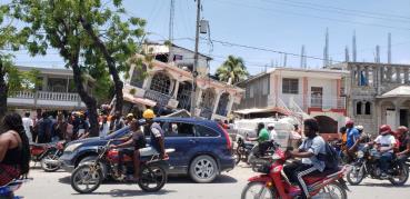 7.2 magnitude earthquake hits Haiti; at least 227 killed