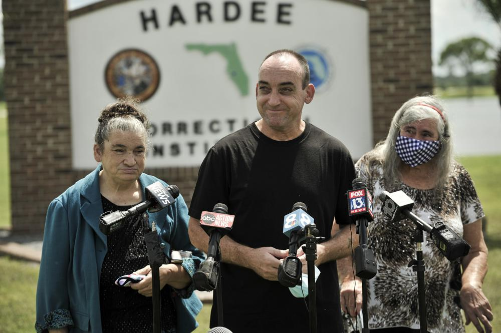 Florida man exonerated of 1983 murder sues over imprisonment