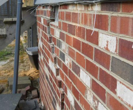7 Major Causes of Foundation Cracks in Your Home