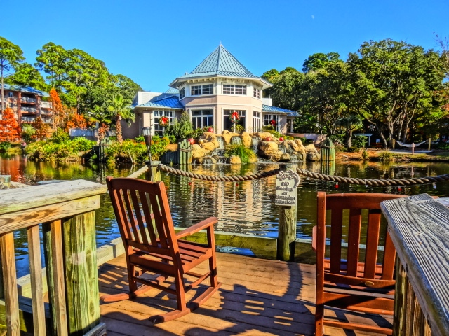 Marriott SurfWatch Lagoon & Dock with Rocking Chairs