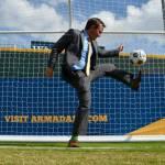 Jacksonville Lawyer Reid Hart with a soccer kick