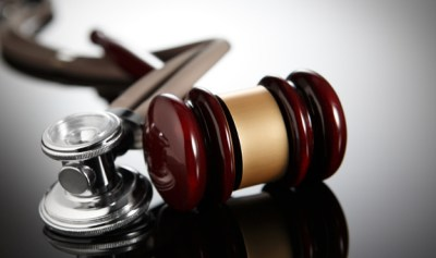 how to choose a medical malpractice lawyer