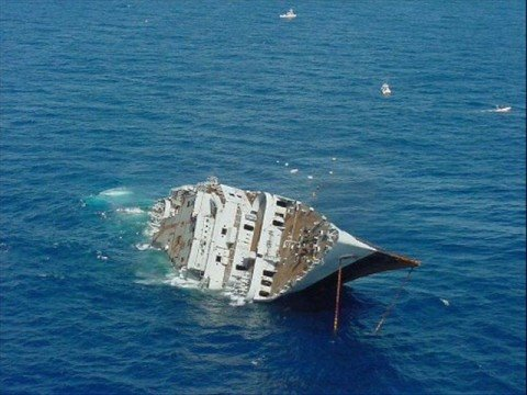 divers mark artificial reef spiegel grove 15 year anniversary. Black Bedroom Furniture Sets. Home Design Ideas