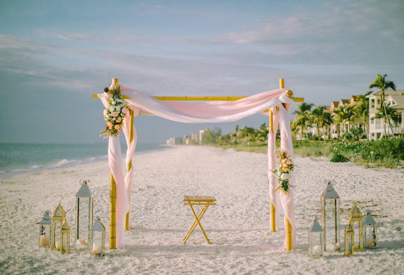 beach-wedding-decoration-fort-lauderdale Artistic Pink Beach Wedding Decoration