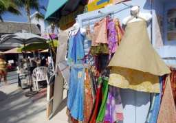 Shopping on Fort Myers Beach