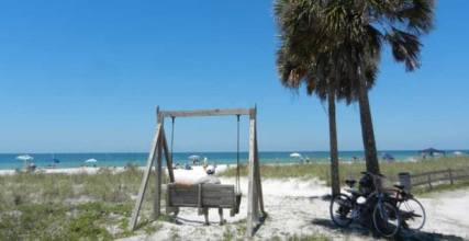 Honeymoon Island, Dunedin, beach swing