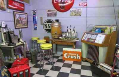 At Renninger's Antique Center, in Mount Dora near Orlando.