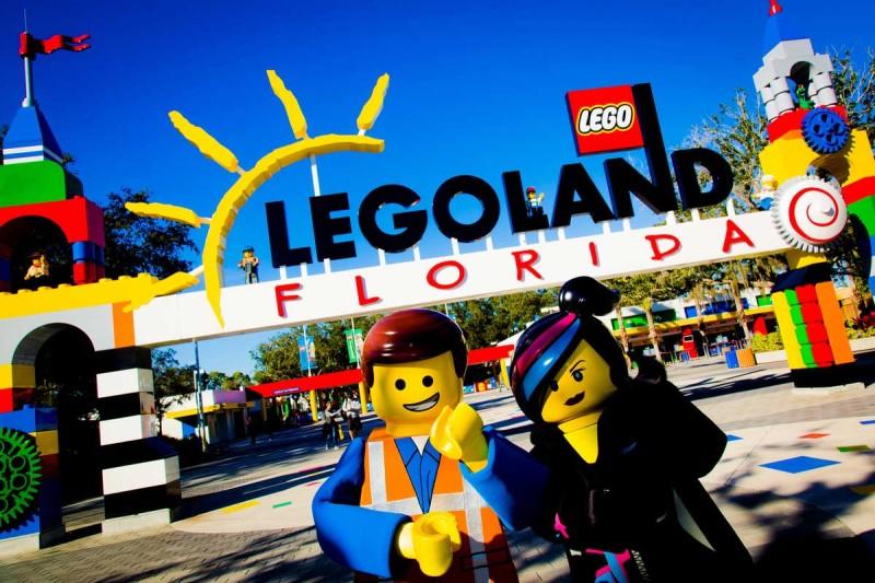 legoland-florida-free-military-families