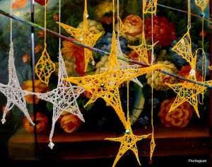 Free Lace Star Ornament