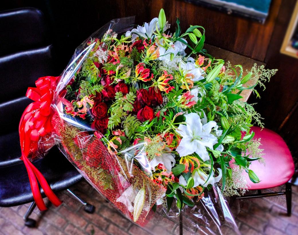 サプライズ用大型花束