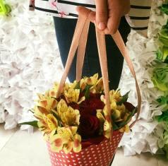 Cono de flores para Arreglos florales Tijuana - Florerias en Tijuana