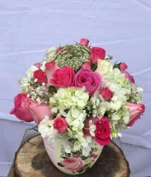 Arreglo vintage de París con amor para Arreglos florales Tijuana - Florerias en Tijuana