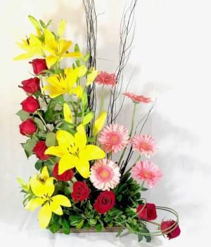 Arreglo de rosas rojas - Florerías en Tijuana, Arreglos Florales Tijuana