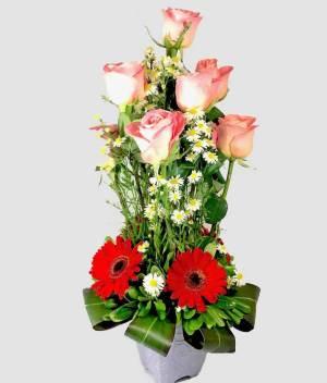 Expresión de amor. arreglo rosas y gerberas - Florerías en Tijuana, Arreglos Florales Tijuana