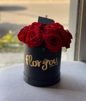 Caja de rosas chica - Envía flores a domicilio en Tijuana