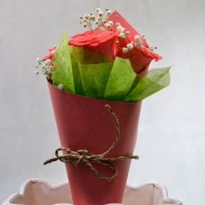 Un perfume de ti que me recuerde los bellos momentos vividos a tu lado. Amor púrpura. Envía flores y mensajes coquetos con Floryou. Florerías en Pachuca.