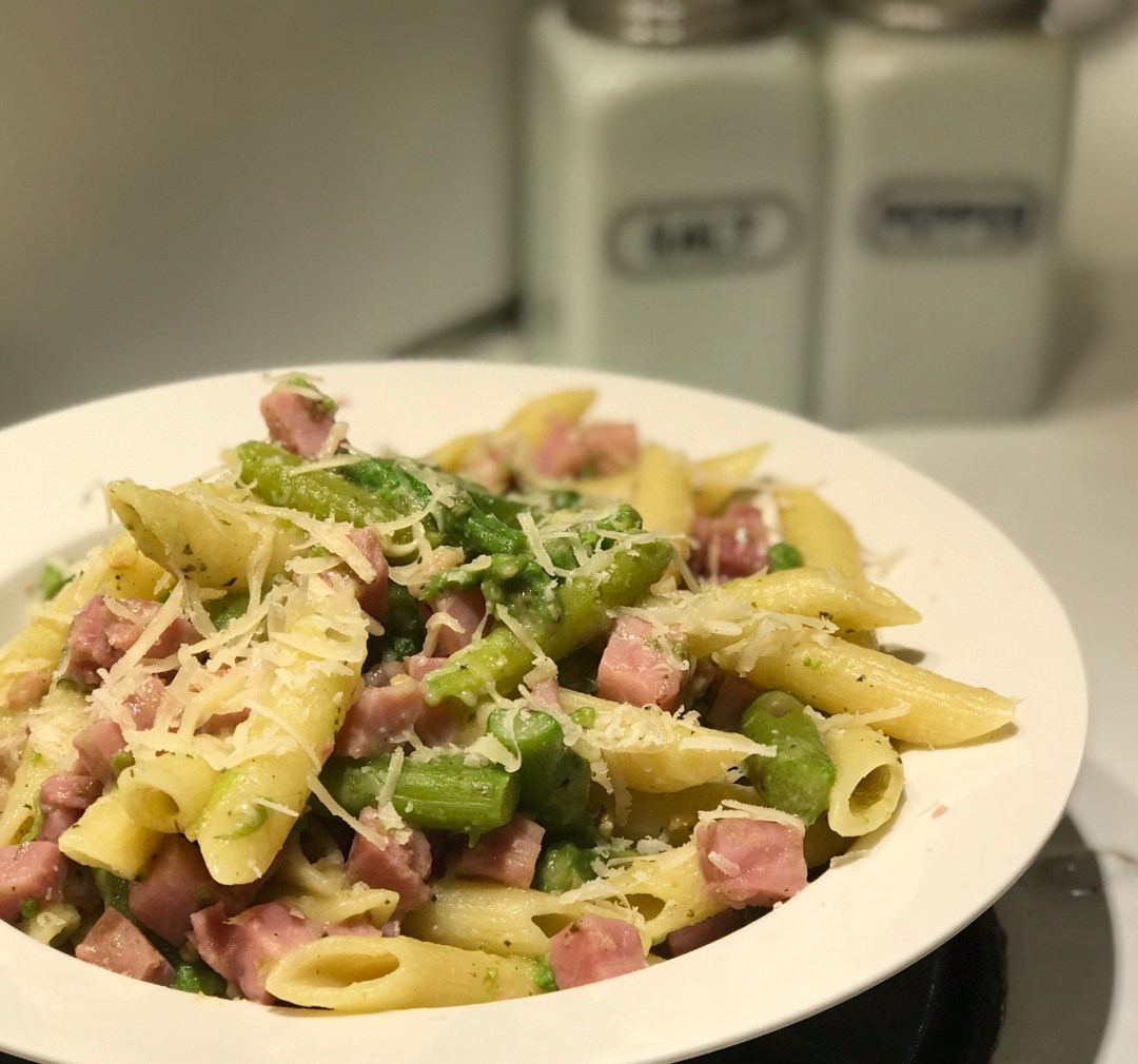 Easy Ham and Asparagus Pasta