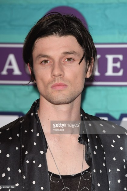 James Bay Debuts New Look at 2017 MTV EMA Awards