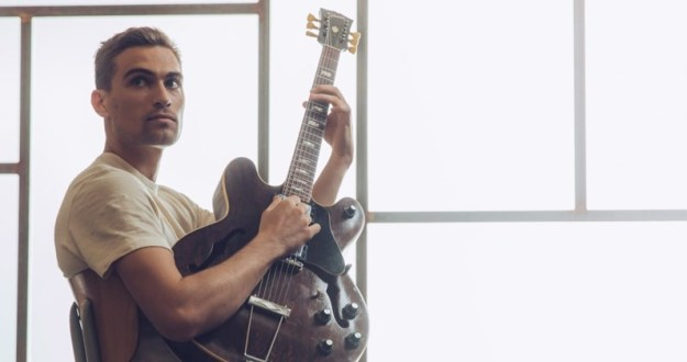 Rhys Lewis Has Released Video for Latest Single 'No Right To Love You' – Watch Here!