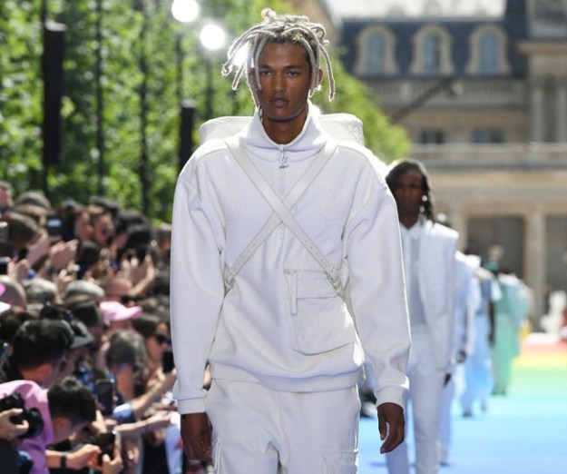 Louis Vuitton Spring 2019 Menswear Collection Fashion Show – Pics Here!