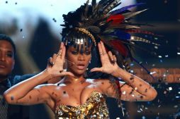 Rihanna Is Gearing Up To Drop New Music – Details Here!
