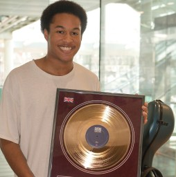Cellist Sheku Kanneh-Mason of Royal Wedding Fame Become First Artist to Receive Brit Certified Breakthrough Award – Details Here!