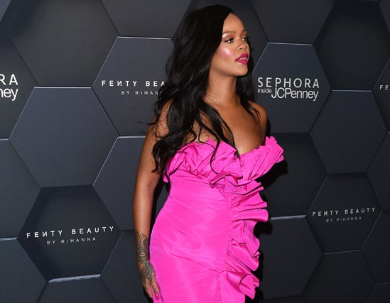Rihanna Rolls Up In Style and Grace at Fenty Beauty Party – Pics Here!