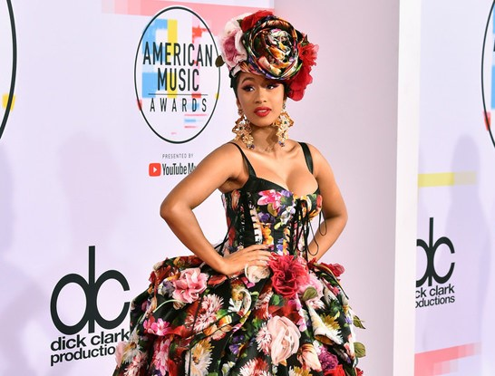 American Music Awards 2018: Red Carpet Fashion – View Photos Here!