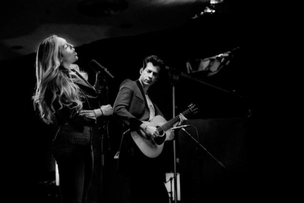 Video: Mark Ronson & Miley Cyrus' Performance at Electric Lady Sound Studios