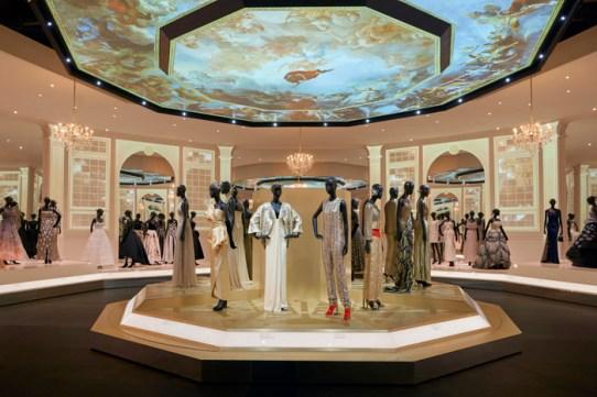 Christian-Dior-Designer-Dreams-Exhibition-15
