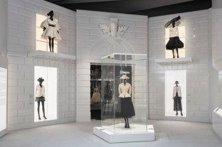 Christian-Dior-Designer-Dreams-Exhibition