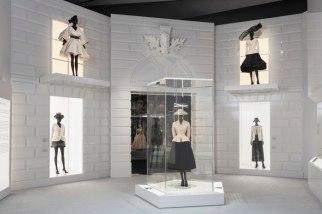 Christian-Dior-Designer-Dreams-Exhibition
