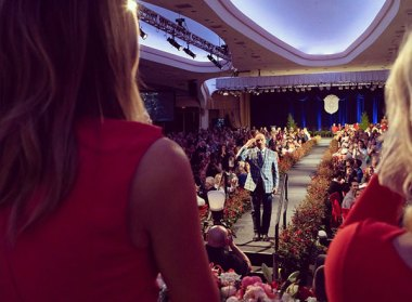 Lee Greenwood Performs at 107th First Lady's LuncheonPhoto courtesy of the Office of the First Lady