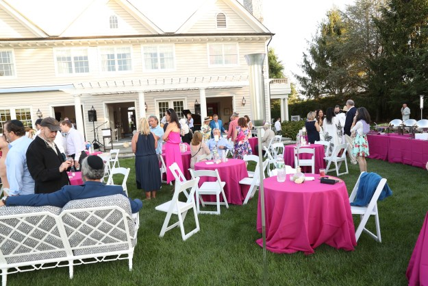 Maria and Kenneth Fishel hosted a Cocktail Reception benefiting the Center for Jewish Life Chabad in Sag Harbor
