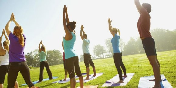 Yoga In the Park – Morning Pop-Up Classes