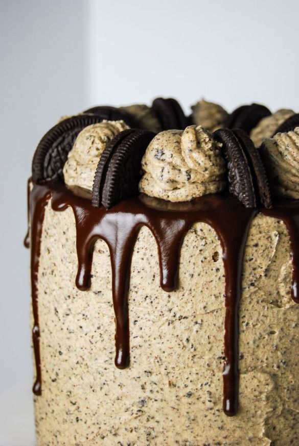Peanut Butter Oreo Cake - Flour Covered Apron
