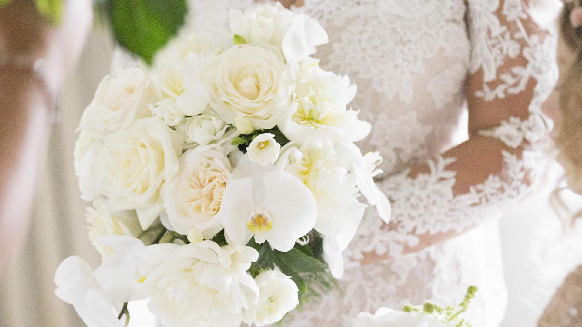 Danielle & Chris - Flourish Flowers, Weddings