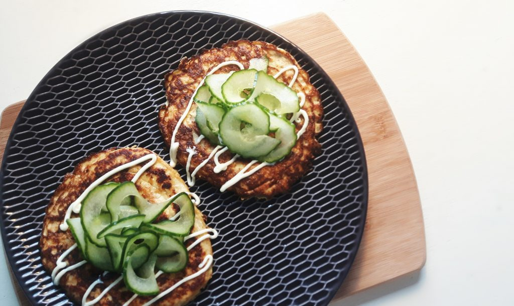 Koolhydraatarme tonijnburgers - Flowcarbfood.nl