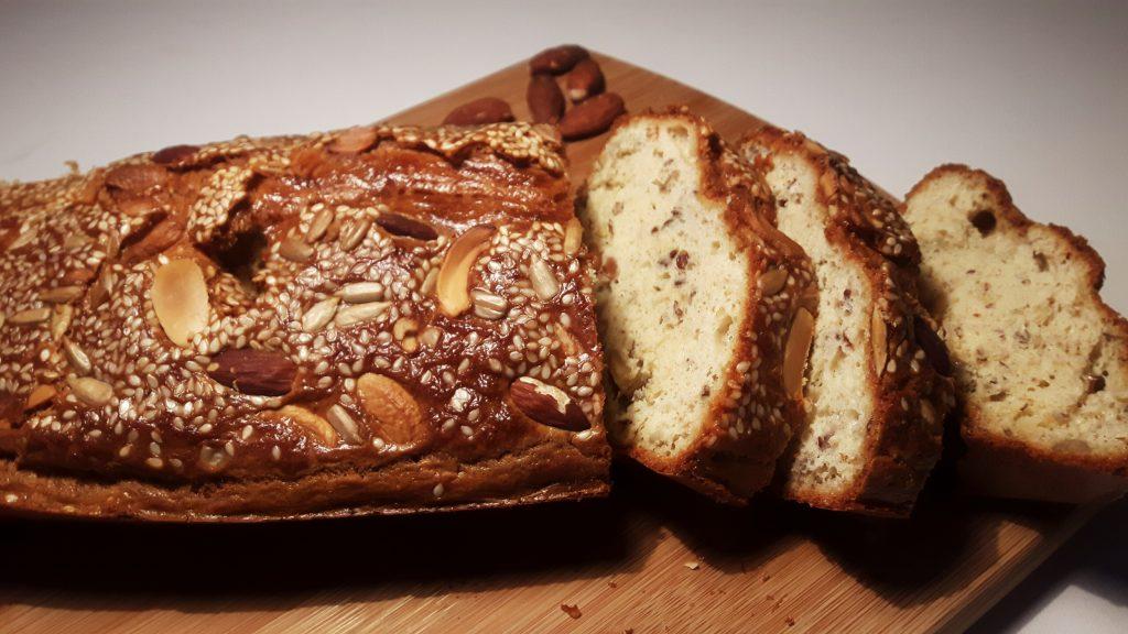 Koolhydraatarm notenbrood - flowcarbfood.nl