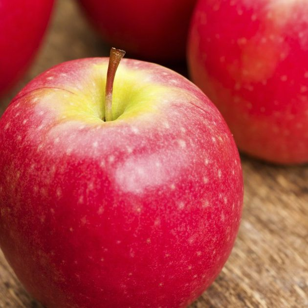 Apples - Pink Lady (4)