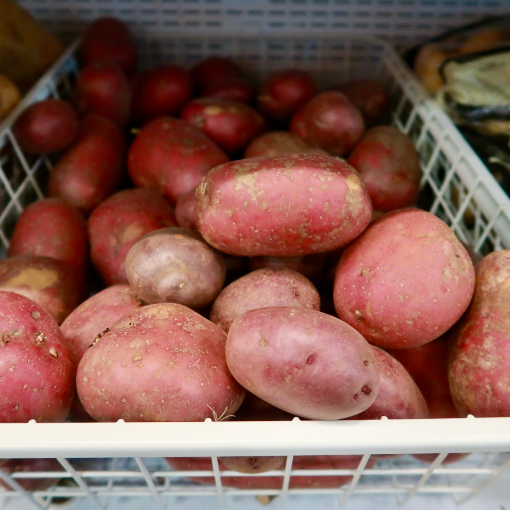 Washed Red Potatoes 1KG