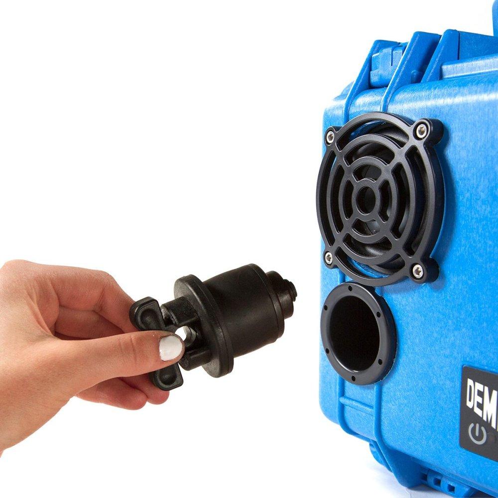 DemerBox-plug-BLUE_1200x