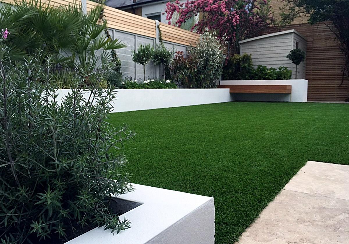 Modern garden design Fulham Chelsea Clapham grass ... on Garden Patio Wall Ideas id=47421