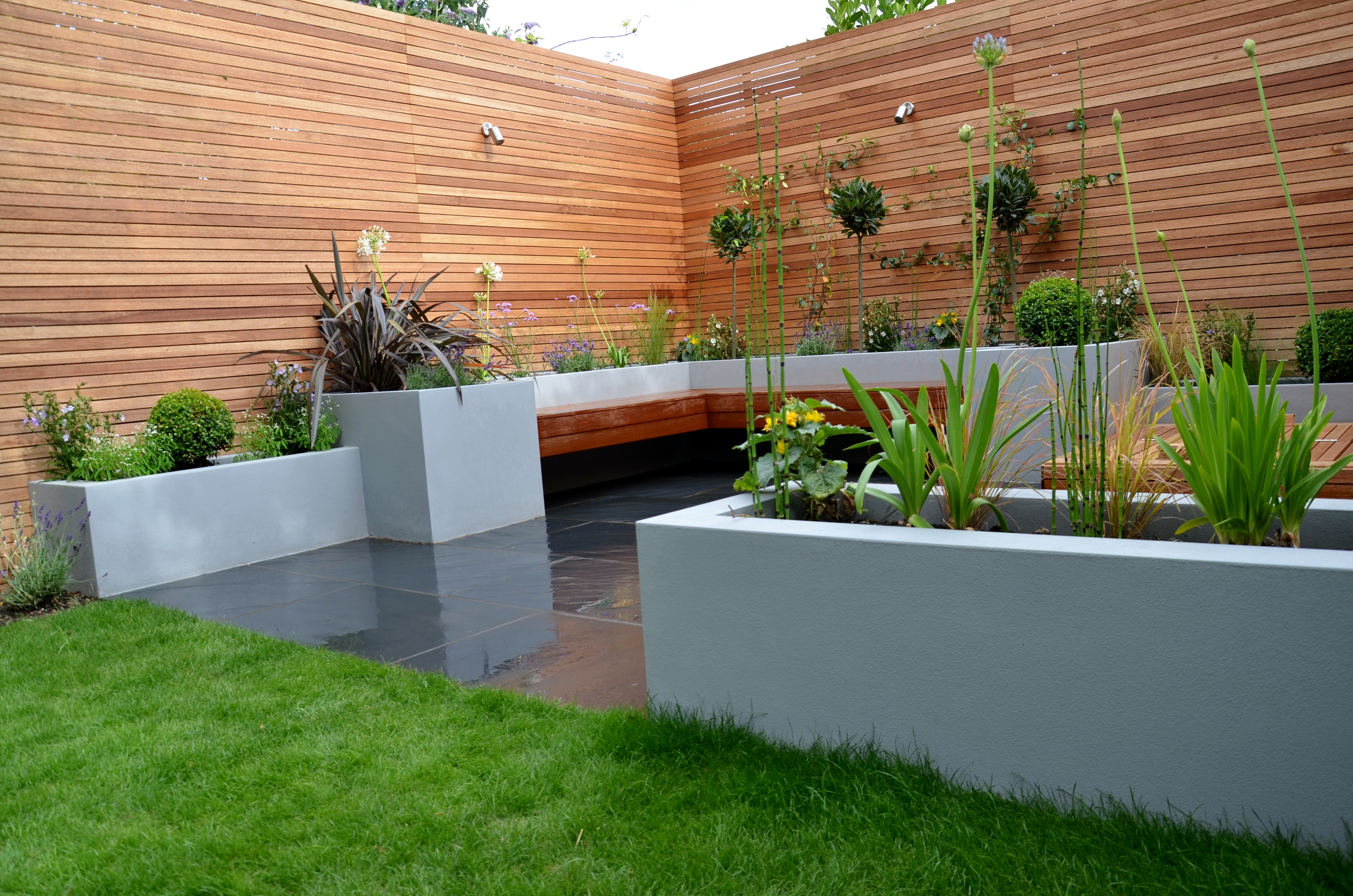 Modern Garden Design London Designer - London Garden Design on Contemporary Backyard  id=43589