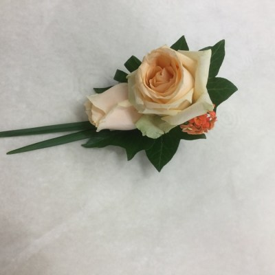 Buttonholes by flowerjoy