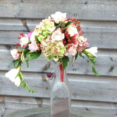 flowerjoy wedding table arrangement