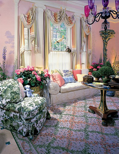A sprightly sitting room designed by Mario Buatta in 1997. Photo courtesy of the Kips Bay Boys & Girls Club Archive,Forty Years of Fabulous: The Kips Bay Decorator Show Houseby Steven Stolman, Gibbs Smith 2015